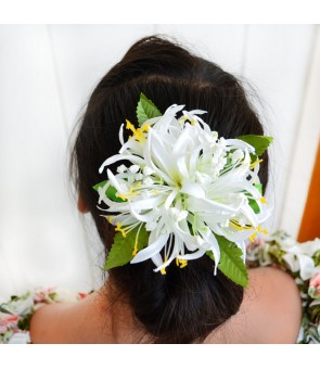 Silk Flower Hair Clip [ Spider Lily with Blossom ] White