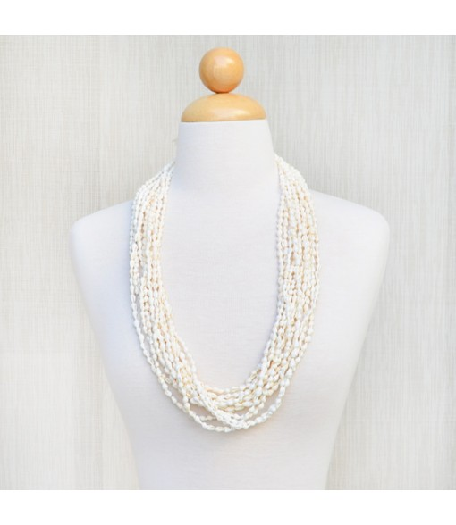 Shell Lei [ 12-Strand Nasa Shell ] White