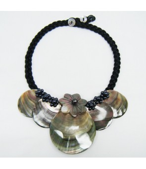 Tahitian Shell Necklace [ Round & Tiare ] Black