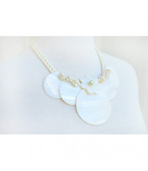 Tahitian Shell Necklace [ Round & Tiare ] White